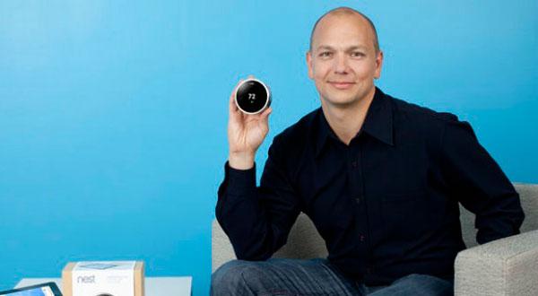 Tony Fadell con el termostato Nest