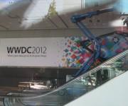 Escalera Moscone Center WWDC 2012